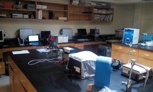 Carver 225 Physical Chemistry Laboratory