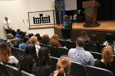 Fern Creek High School Students visit the University and talk to President Burse